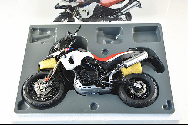 bmw f800 gs 30th anniversary edition 1 10 diecast model autoart 10008 ebay. Black Bedroom Furniture Sets. Home Design Ideas