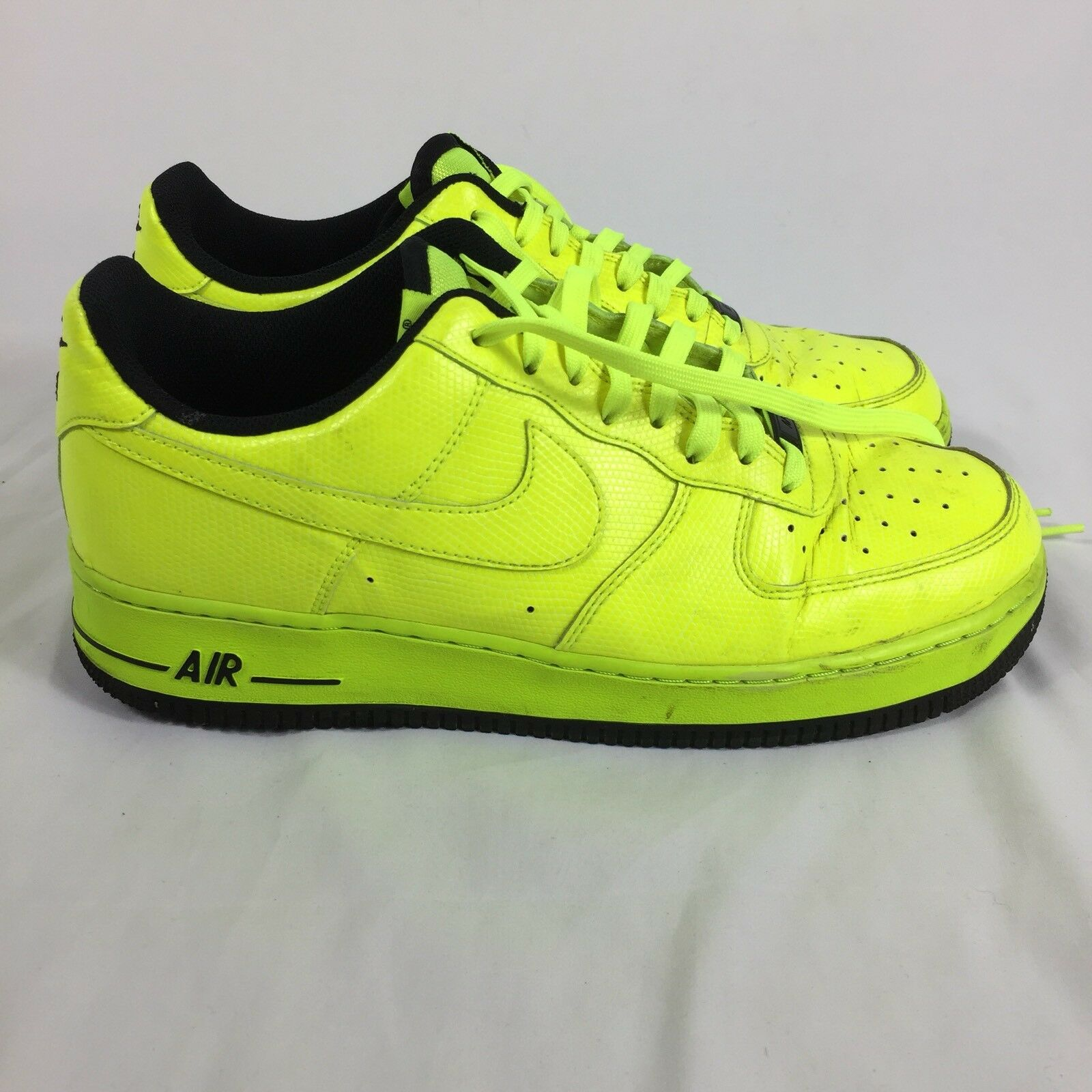 c5f70788f16ff Nike Air Force 1 Neon Yellow Sneakers Gym Basketball Shoes Shoes Shoes Size  10.5 US 44.5 EUR 279984