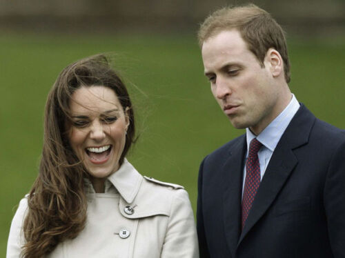 """Prince William and Kate Middleton UNSIGNED 10/"""" x 8/"""" photograph Z1129"""