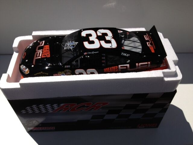 2011 Clint Bowyer Wheaties Fuel 1/24 car signed  45 of 742 made