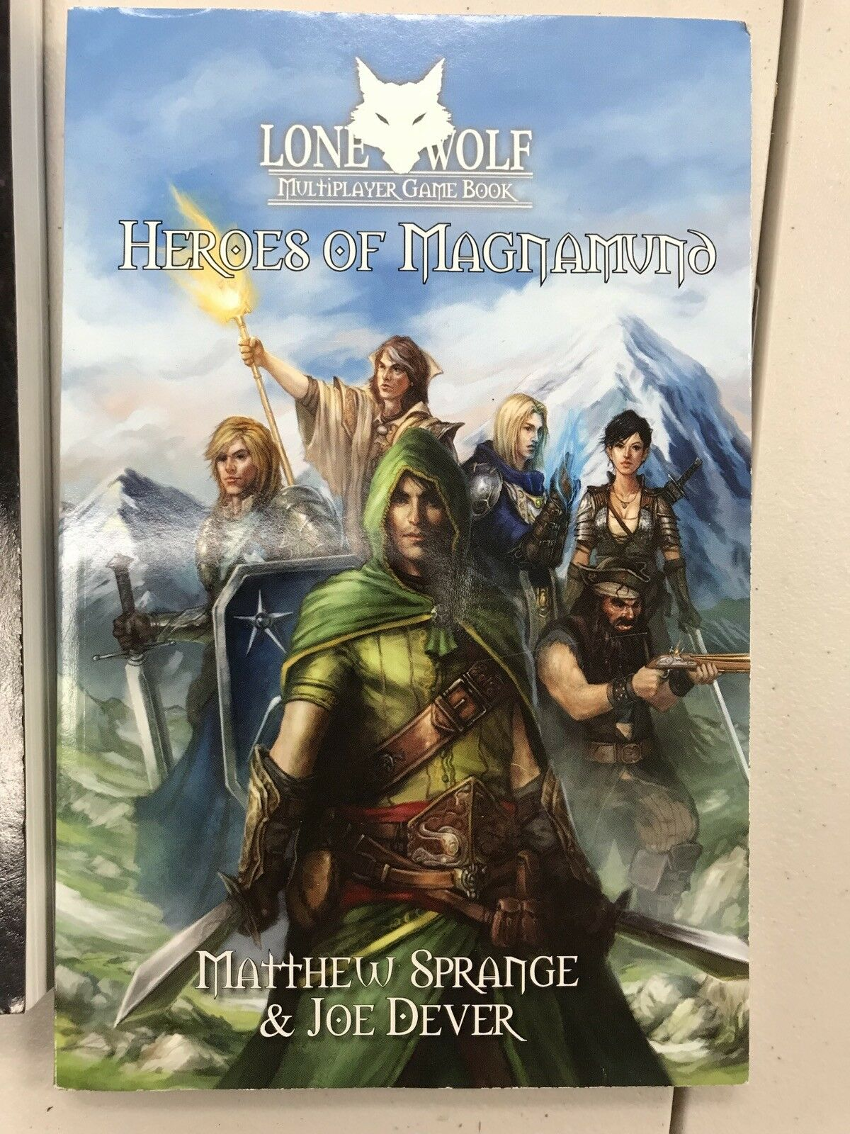 Heroes of Magnamund Multiplayer Game Book - Lone Wolf - New - Free Shipping