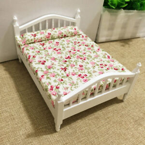 Dollhouse-Miniature-Bedroom-Furniture-Wooden-Floral-Double-Bed-1-12-Scale-Model
