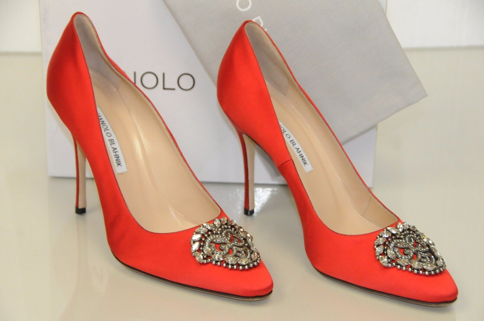 1065 NEW MANOLO BLAHNIK OKKAVA 105 Jeweled Crystal Buckle Satin RED Pumps 40.5