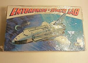 Revell 1978 model Enterprise Space Lab 1998 model spaceship nasa
