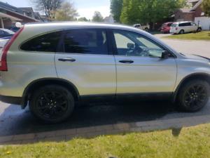 2009 Honda CRV- 4 wheel drive w/ Navi