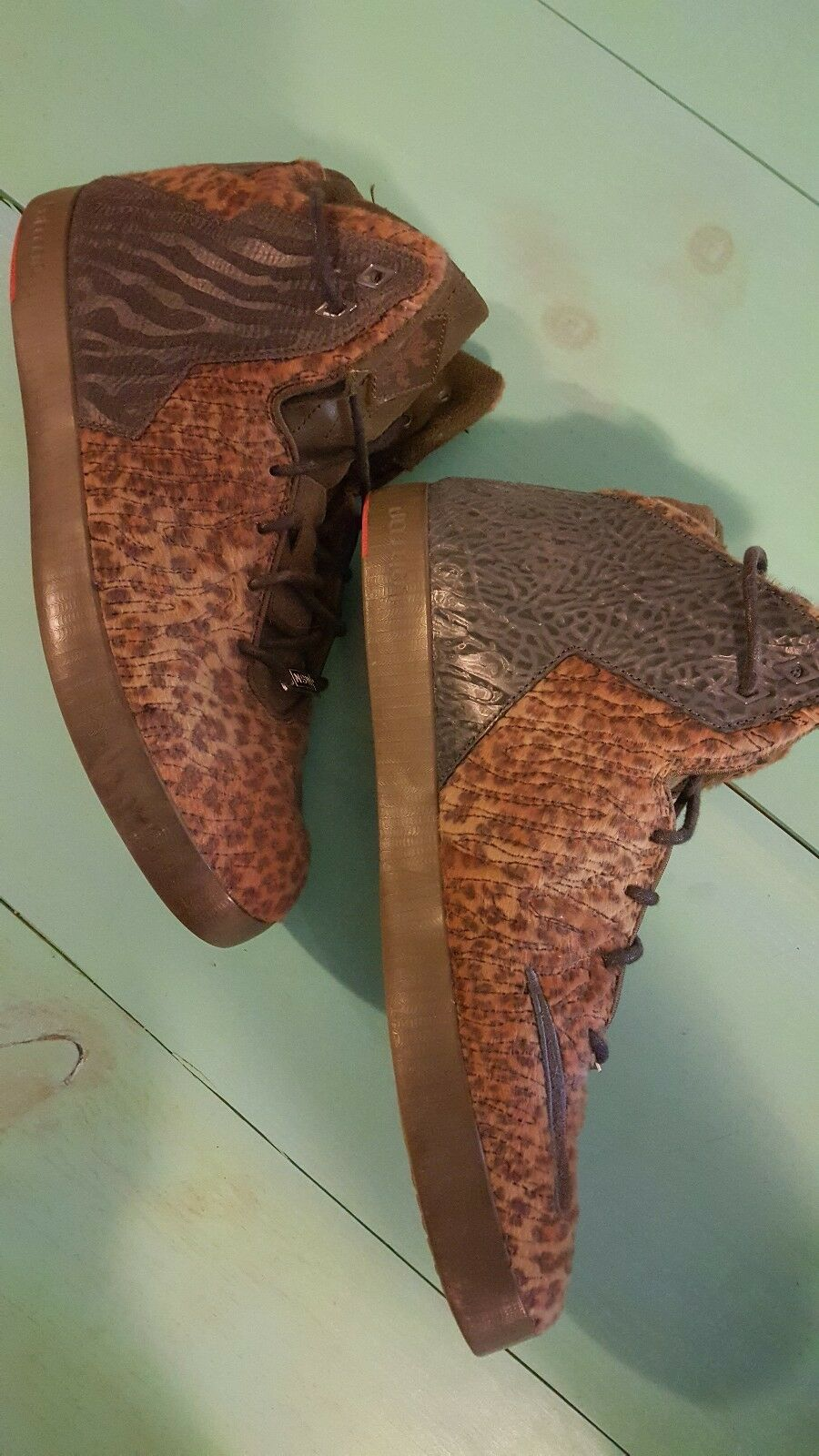 NIKE 2014 LEBRON XI NSW LIFESTYLE LEOPARD 616766-301 13 mens shoes KING LBJ NBA