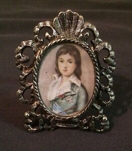 Vintage-Mini-PICTURE-FRAME-Silver-Tone-Victorian-Style-BLUE-BOY-Photo-2-5-034-NEW