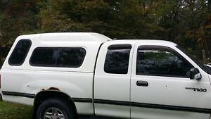 Toyota T100 Pickup High Top White Fiberglass Truck Bed Cap Nice Ebay