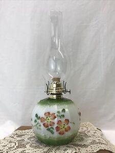 Antique-Vtg-Hand-Painted-Floral-Oil-Lamp-Kerosene-Hurricane-Lantern-Red-amp-Green
