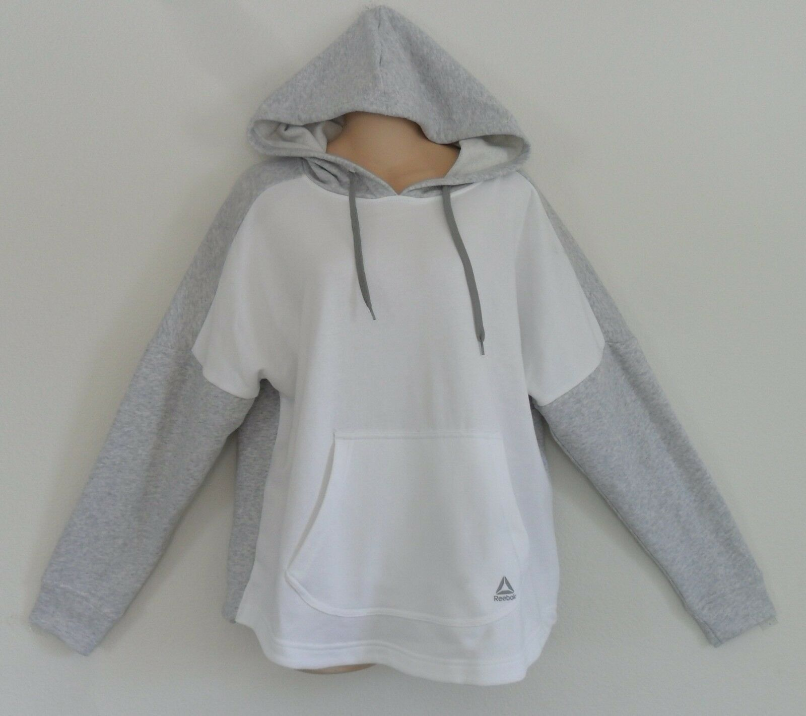 Reebok SPORT ESSENTIALS SECOND LAYER HOODY Sweat Shirt FRENCH TERRYWomen size S