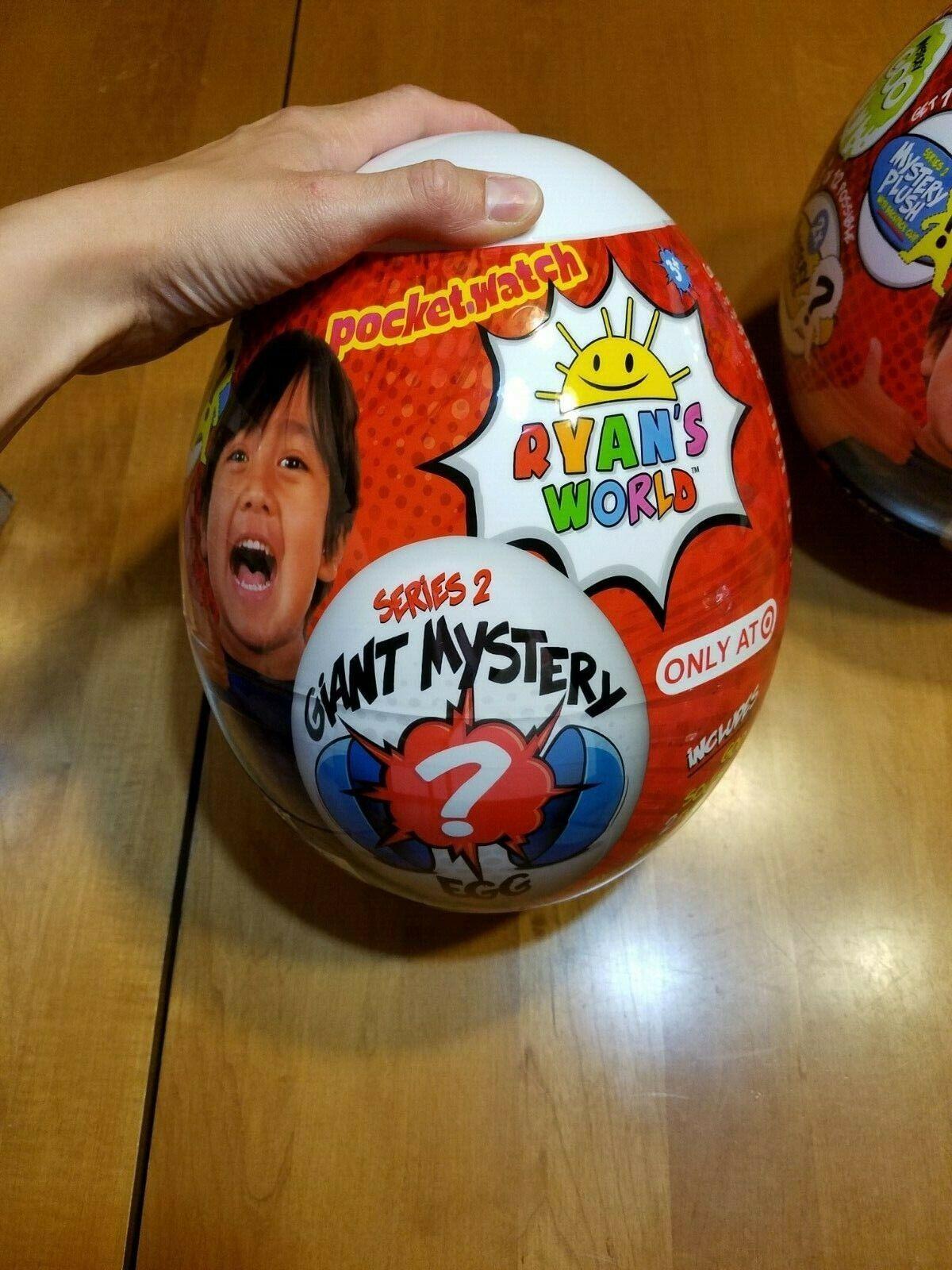 Ryan Pocket. Reloj Gigante's World Mystery objetivo de edición limitada serie 2 Egg