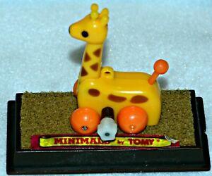 Tomy-Minimals-Wind-Up-Toy-034-JesseThe-Giraffe-034-1982