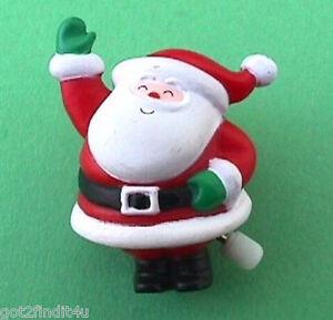 Hallmark-PIN-Christmas-Vintage-WIND-UP-SANTA-CLAUS-Waving-Holiday-Brooch