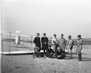 WRIGHT-BROTHERS-W-REPORTERS-amp-GLIDER-1911-8x10-SILVER-HALIDE-PHOTO-PRINT