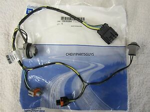 s l300 2008 2012 malibu front headlight wiring harness socket right or 2009 malibu headlight wiring harness at gsmx.co