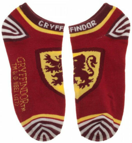 """Licensed Harry Potter /""""CRESTS/"""" 4 Pairs Ankle Socks For Women Fits Sock Size 9-11"""