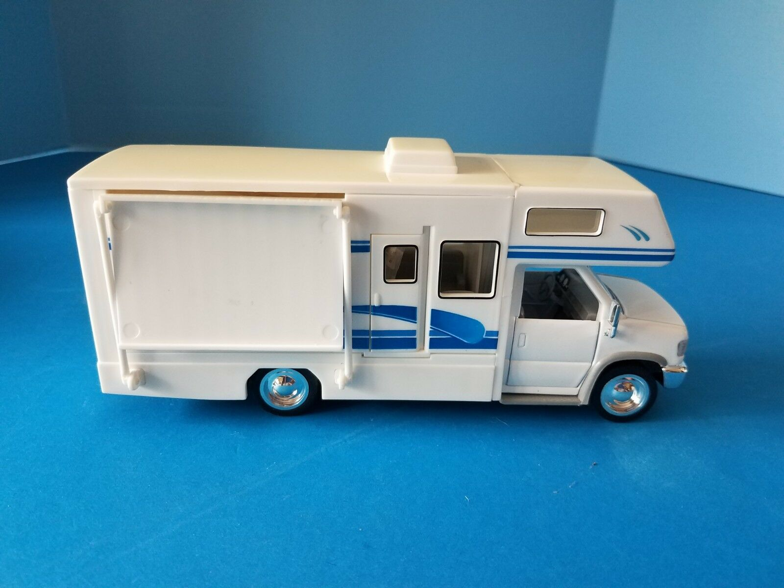 Toy  Vintage Superior-Sunnyside Sunny Recreational Van Diecast Model Rare  promotions passionnantes