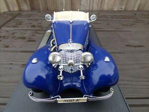 MERCEDES-Benz-500-K-1-18-Bburago-Auto-Giocattolo-in-Scatola-Roadster-presenti-rare-BLU-NOTTE