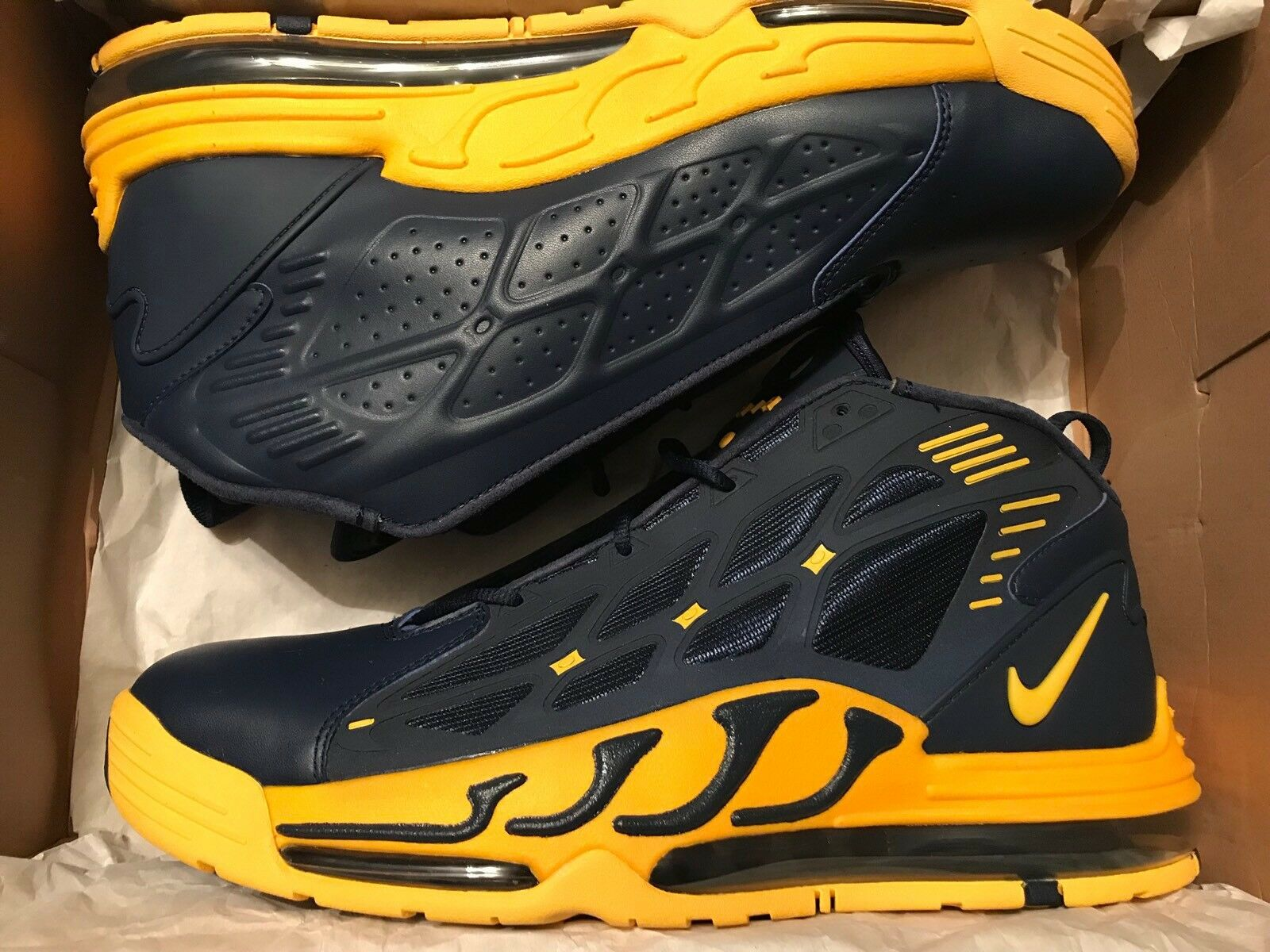 Nike Air Max Pillar Navy/Maize Retro Michigan Wolverine Size 13 New DS Rare