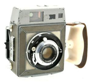 Vintage-Mamiya-Press-Sekor-90mm-lens-medium-format-Camera
