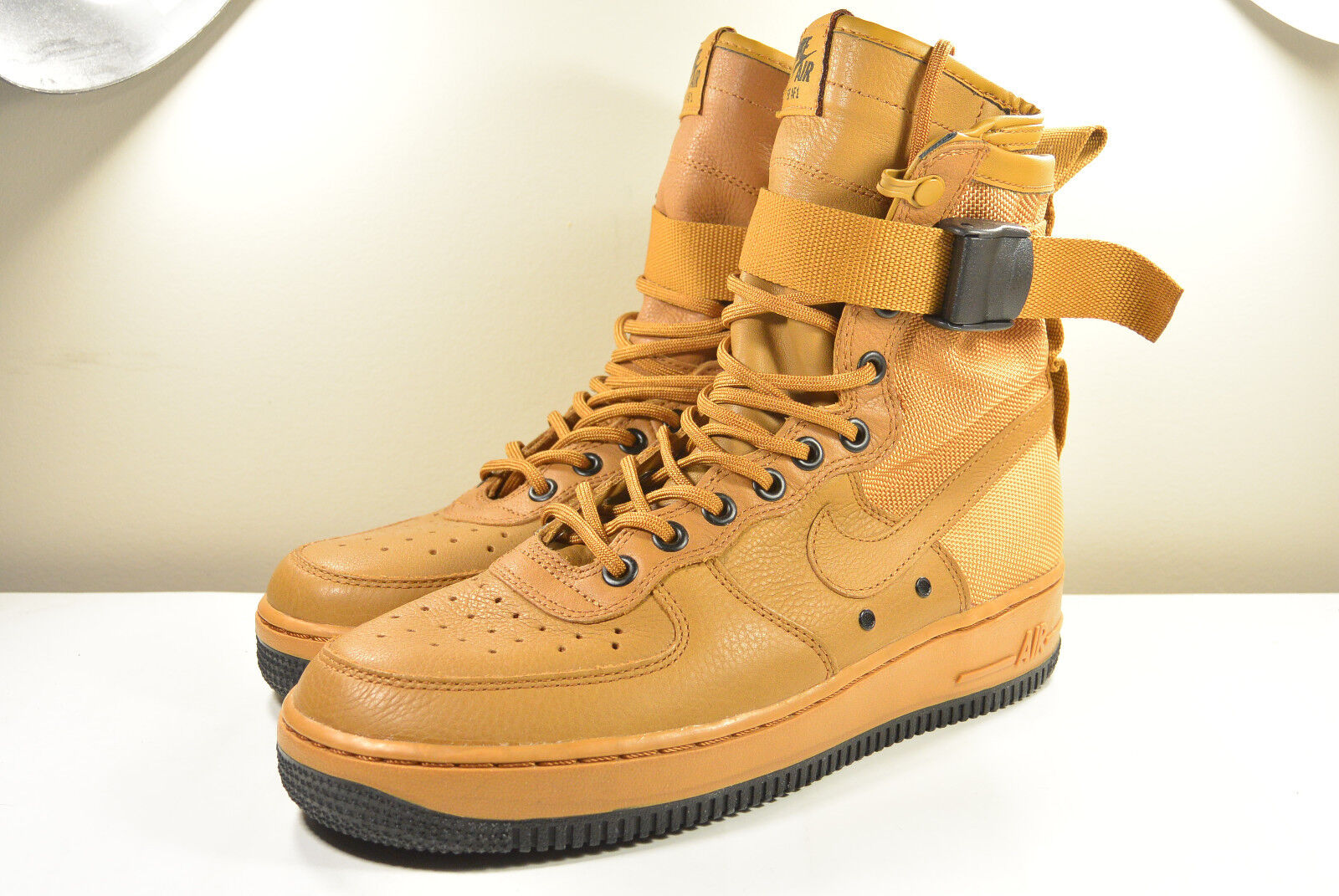 DS NIKE 2016 SF AF1 SPECIAL FEILD AIR FORCE 1 DESERT ORCHRE M7 / W8.5 SUPREME