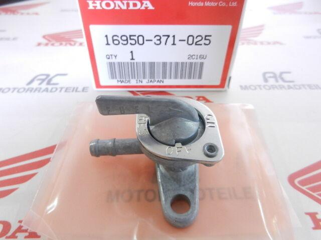 fuel Anbauteilel Cock Assy. Honda CB 750 Four K1  K2  Benzinhahn
