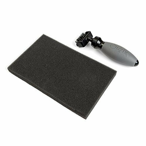 Sizzix Die Brush and Foam Pad for Wafer Thin Dies