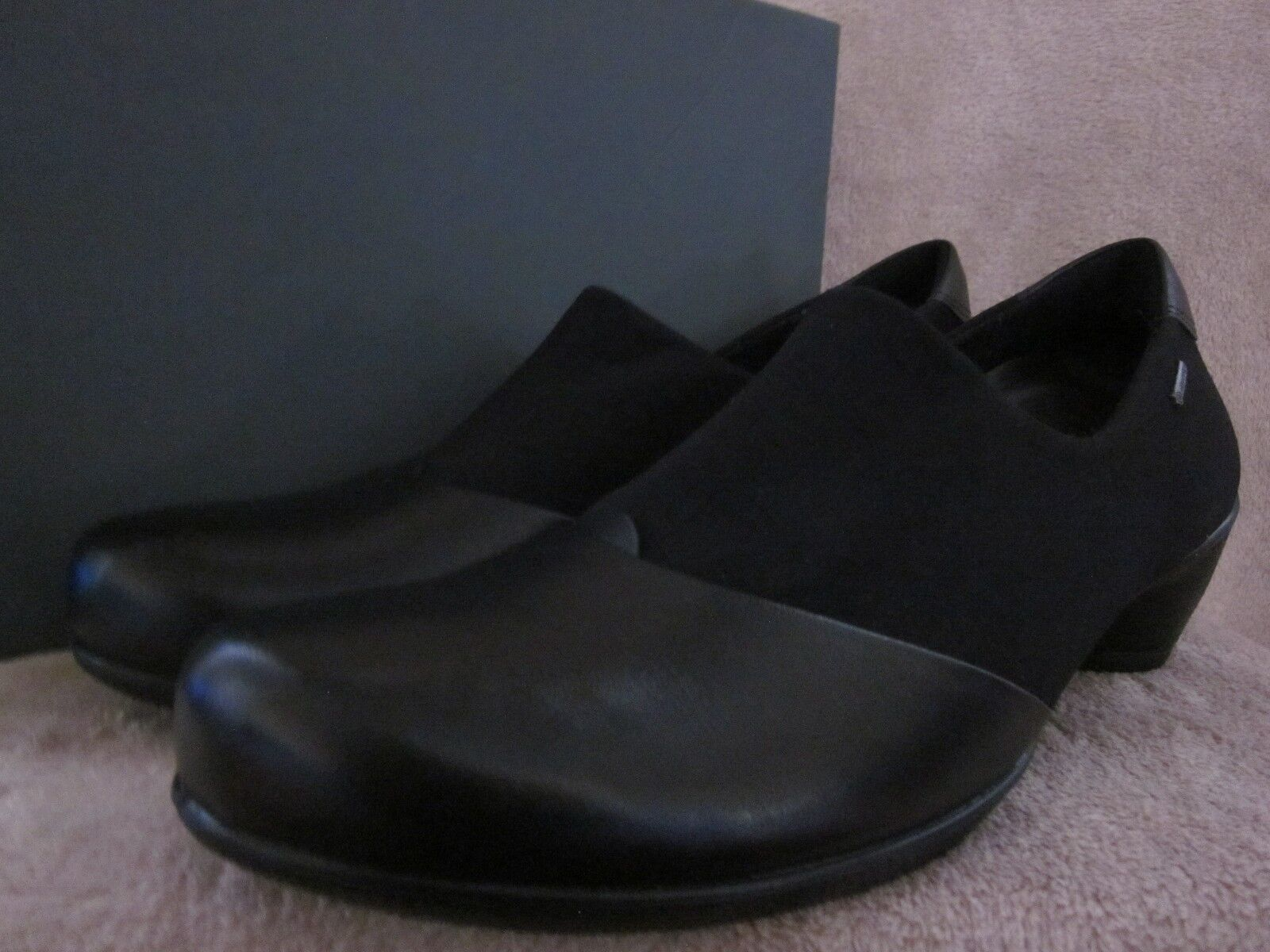 ECCO donna Sculpturosso nero Leather Comfort Slip On sautope US 9 - 9.5 EU 40 NWB