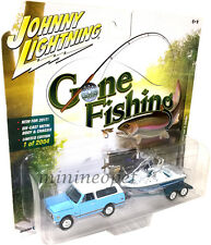 JOHNNY LIGHTNING GONE FISHING JLBT002 1969 CHEVROLET BLAZER w BOAT 1/64 L BLUE