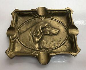 Aschenbecher aus Bronze Gold- Deko -führung Hund REF65799