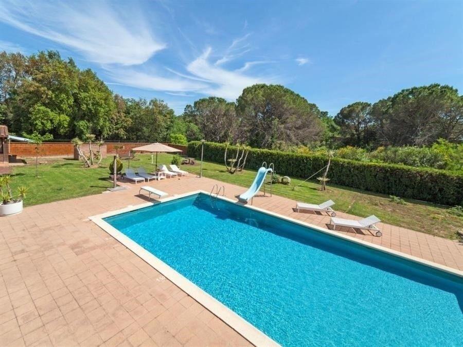 Villa, Regioner:, Quart