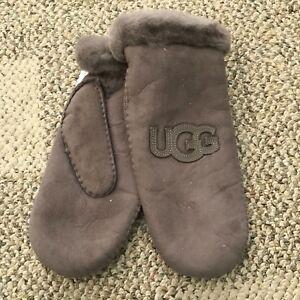 06467f12b7b UGG Womens Sheepskin Heritage Logo Winter Mitten Stormy Grey Size L ...