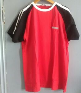 Mens-Red-Black-and-Wite-Tshirt-size-XXL
