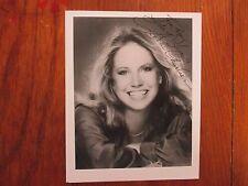 LESLIE CHARLESON (Dr. Quartermaine/General Hospital)Signed  8 X 10  B & W  Photo