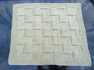 Easy Knitting Pattern Baby Blanket Stepping Up Super Chunky Ebay