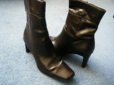 ^UK 5 EUR 38 FIORE brown leather upper, slim 3 heel, 9 high ankle boot VGC