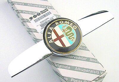 2010 Sur neuf origine capot avant Grille Badge emblème ALFA ROMEO GIULIETTA