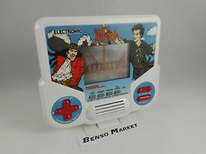 GIG-TIGER-ELECTRONICS-HOOK-PETER-PAN-GAME-amp-WATCH-HANDHELD-CONSOLE-LCD-SCREEN