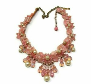 Vintage-Pink-Molded-Plastic-Glass-Bead-Necklace-Miriam-Haskell-Style