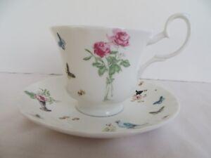 Roy Kirkham  Nina Campbell  Perroquet Tea Cup & Saucer England Fine Bone China