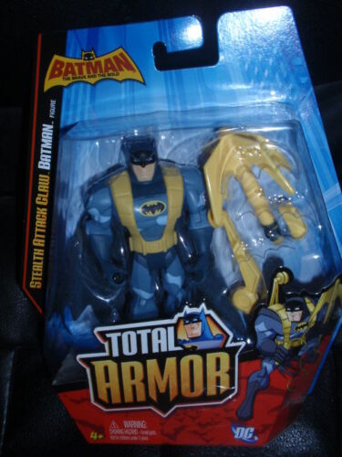 DC Batman Total Armor STEALTH ATTACK CLAW