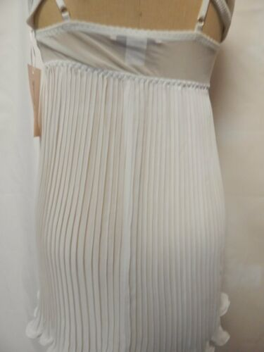 Linea Donatella Lace and Beaded Pleated Babydoll Chemise /& G-String Ivory NWT