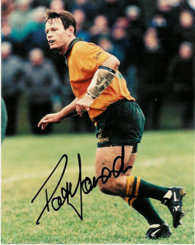 PAT HOWARD AUSTRALIA 10 x 8 RUGBY SIGNED PHOTO