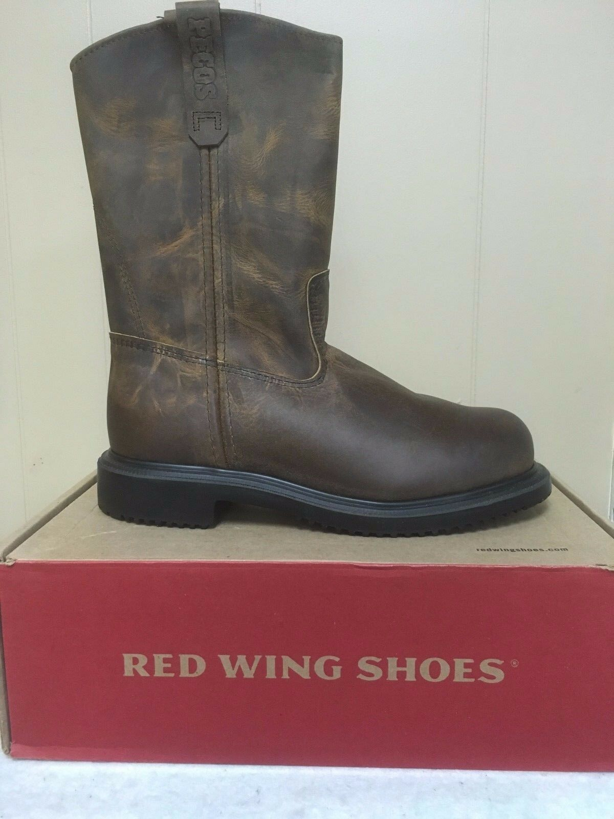 Uomo Red Wing Steel Toe work work work boots- New in box style #2257 e564c7