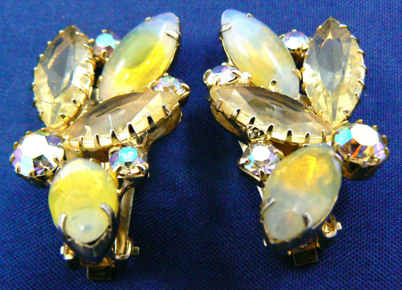 Vintage Floral Yellow Aurora Borealis color crystal Rhinestones clips earrings