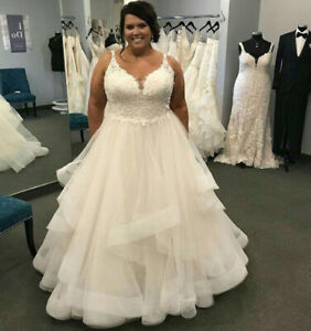 Details about Plus Size A-line Tulle Wedding Dresses Spaghetti Strap Lace  Applique Bridal Gown