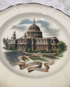 Wedgwood-St-Pauls-Cathedral-London-7-Plate-Collection-Vintage