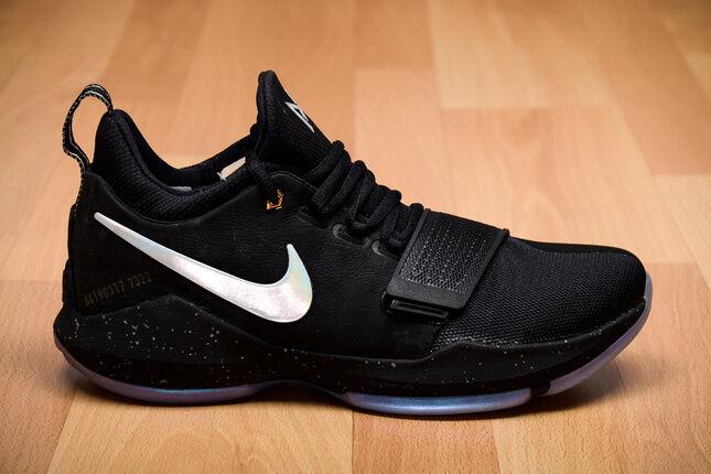 Nike PG1 TS Predotype Preheat Shining Size 7.5. 911082-099 jordan kobe