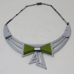 Seltene-Kette-Necklace-wie-Bengel-30er-J-ART-DECO-m-jadegruenem-Galalith-Tschech