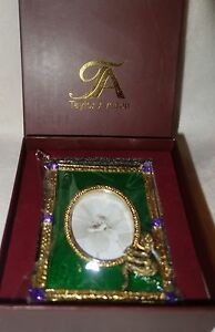 Taylor-Avedon-collectible-Enamel-Crystals-Photo-picture-Frame-green-snake-new